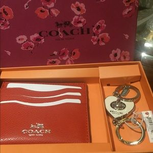 Coach wallet keychain gift set